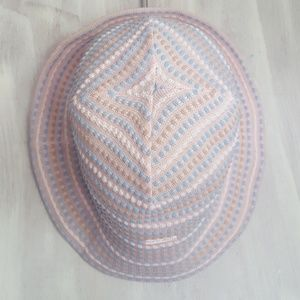 🆒️ Kangol Bubble Bell Pastel Colors Size S/M 🖤